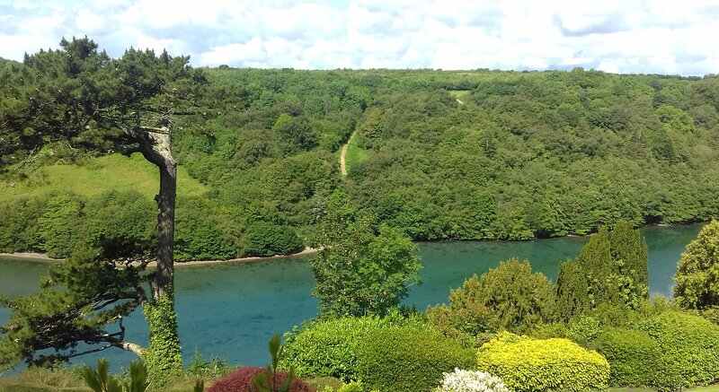 Looe, Cornwall, LANGUNNETT COTTAGE a superb detached holiday cottage, vacation rental in Morval