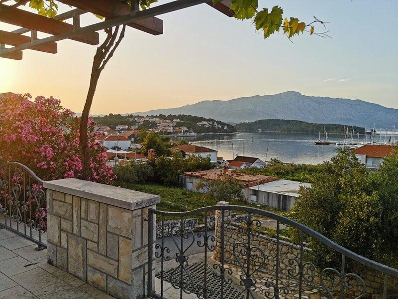 Lumbarda Paradise, holiday rental in Lumbarda