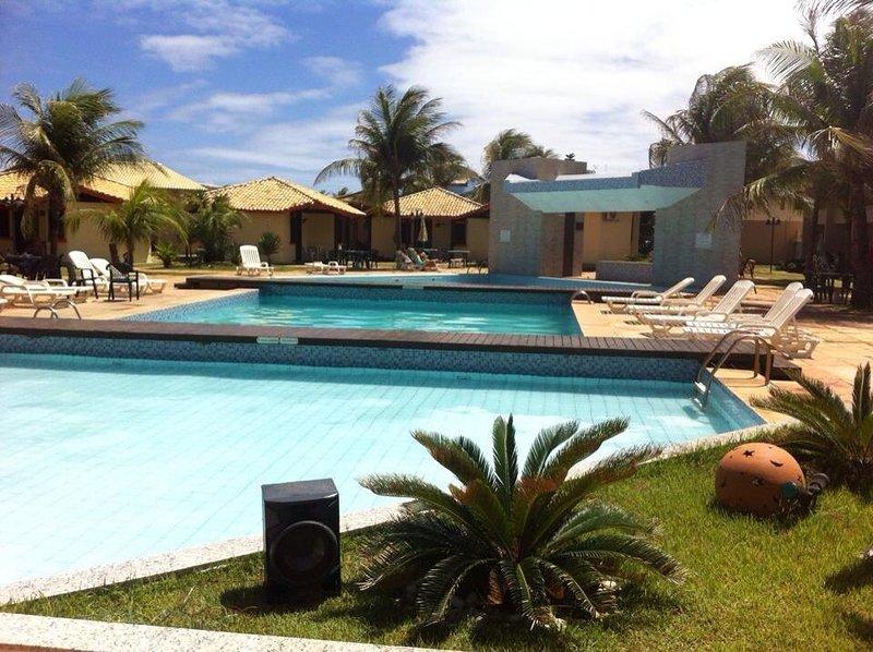Village Frente a Praia do Flamengo, Salvador - BA, location de vacances à Jaua
