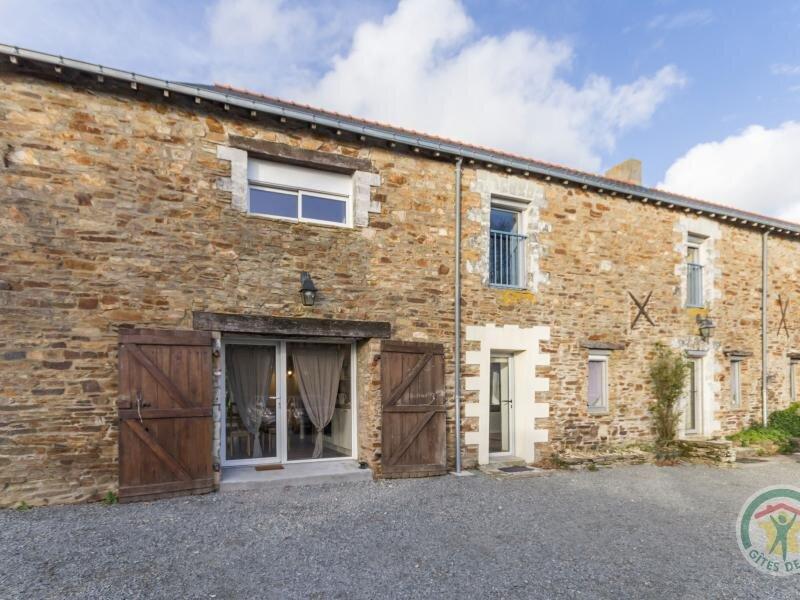 La Grange, holiday rental in Treillieres