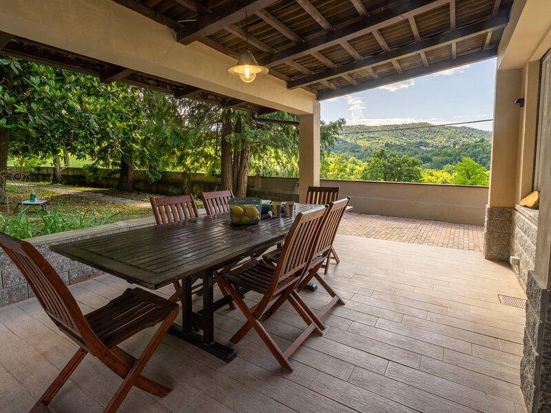 Casa di Sara (GBG100), vacation rental in Sciolze