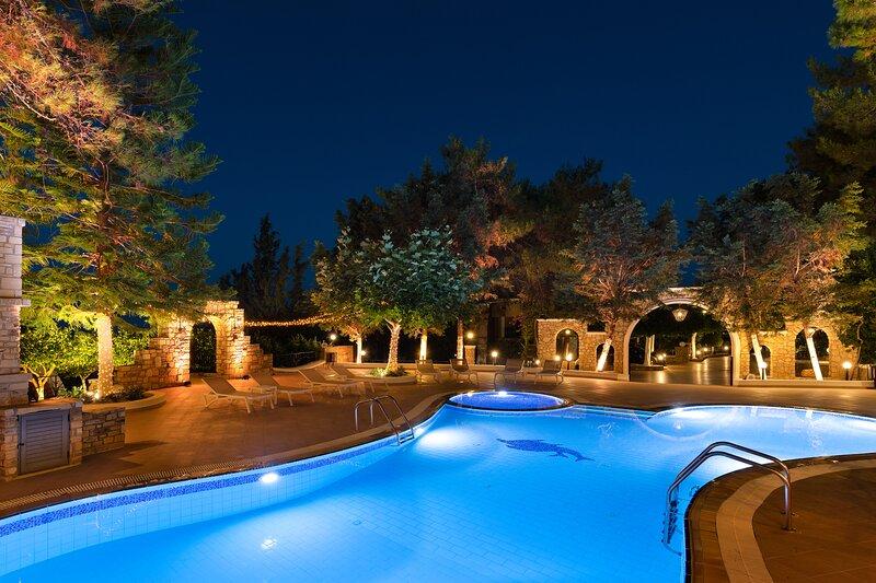 Aegean View Estate-2 close to 6 famous beaches, location de vacances à Ladiko