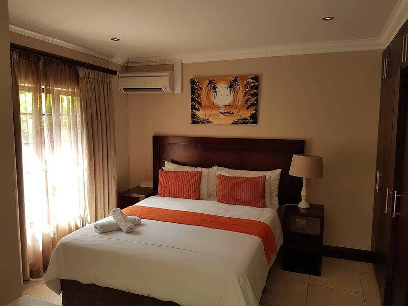 Fairview Bed And Breakfast - Double Bedroom 5, vacation rental in Umdloti