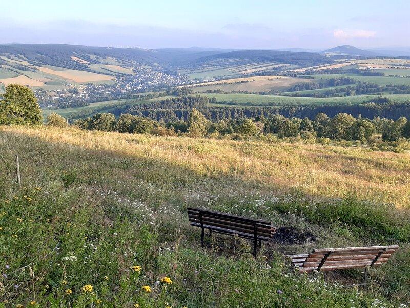 Annaberg liegt am Fuße des Pöhlberg