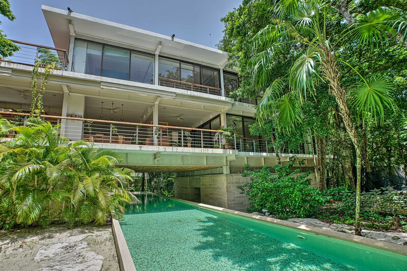 NEW! Upscale Resort-Style Condo in Tao Community!, vacation rental in Chacalal