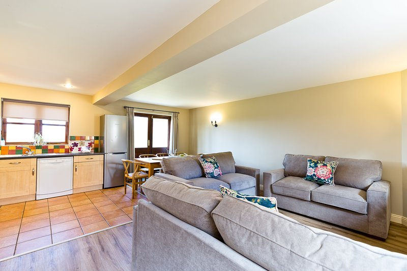 Farwell Cottage | Sleeps 8  | In The Derbyshire Dales, holiday rental in Knockerdown