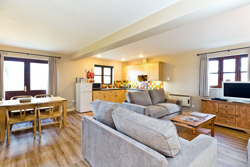 Edale Cottage In The Derbyshire Dales Near Carsington Water, vacation rental in Hulland Ward