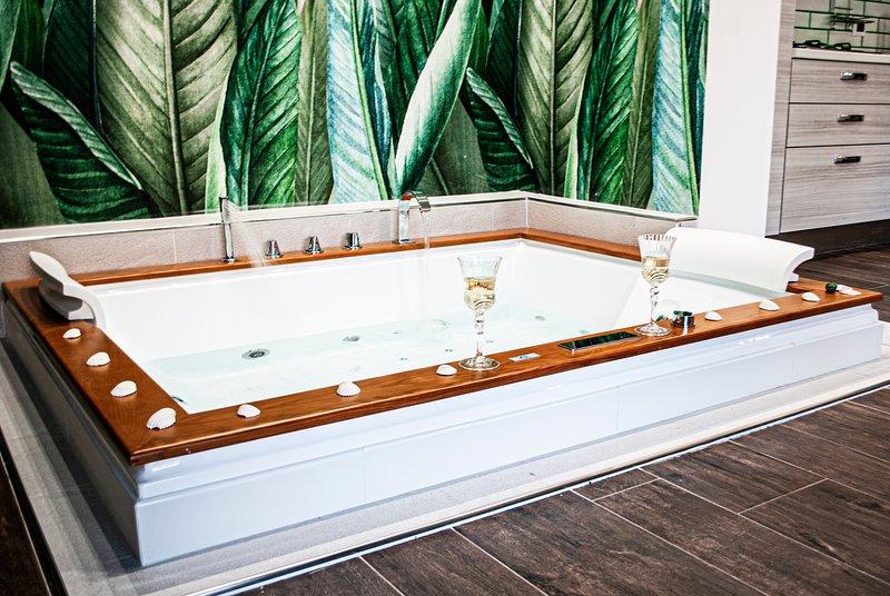 Suite con vasca idromassaggio 'BREZZA MARINA'- Villa La Perla Sul Mare – semesterbostad i Leporano