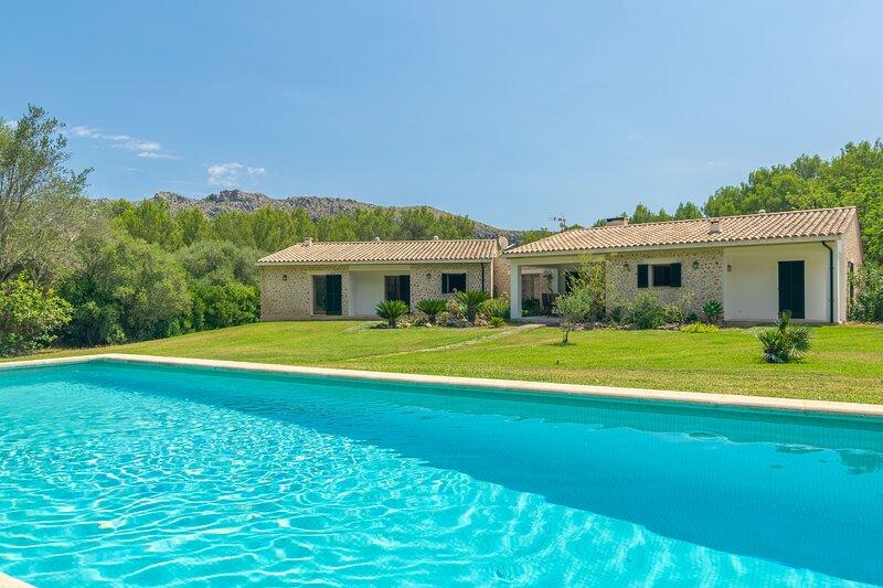 L'ESPLAI - Villa for 8 people in Pollença, holiday rental in Cala San Vincente