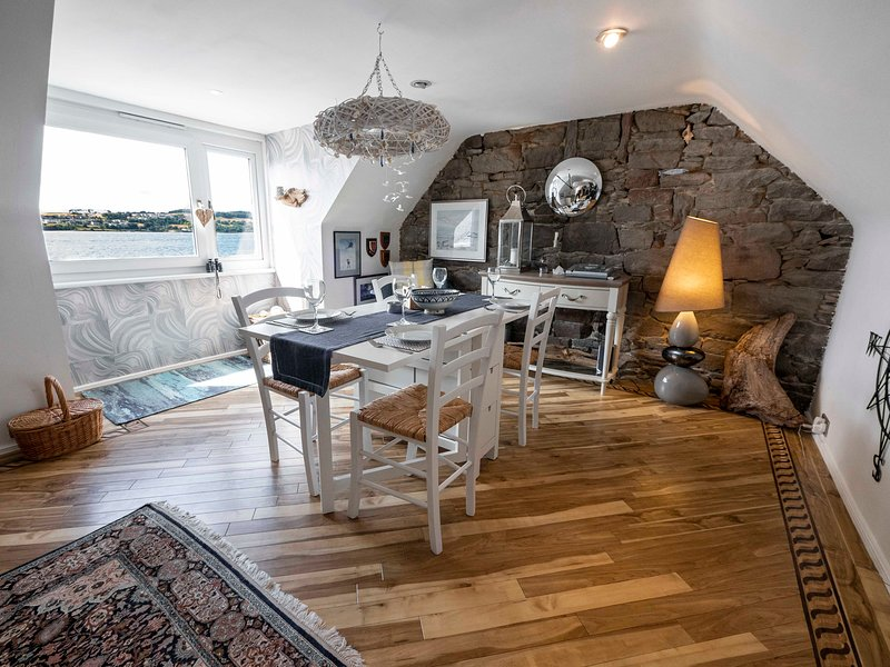 ☆The Quarterdeck – Broughty Ferry Waterfront ☆, vacation rental in St Michaels