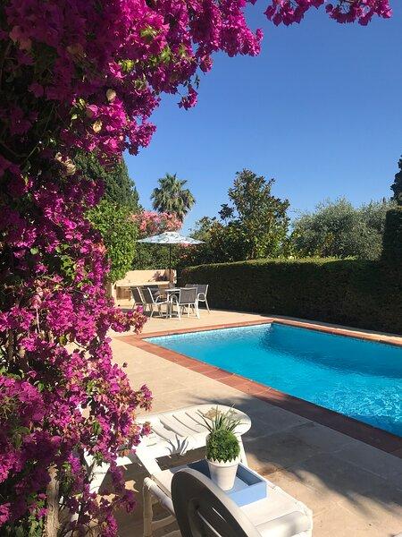 Beautiful 4-Bed Villa in Mougins, vacation rental in Mougins