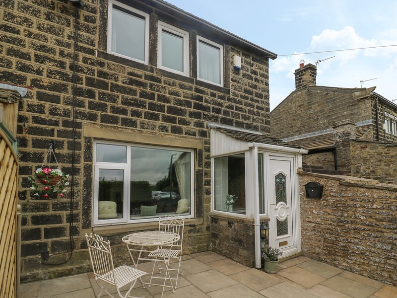 Pickles Hill Cottage, Oakworth, location de vacances à Oldfield