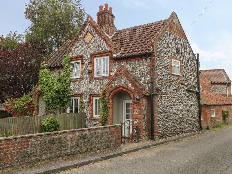 Compass Cottage, Sheringham, vacation rental in West Beckham