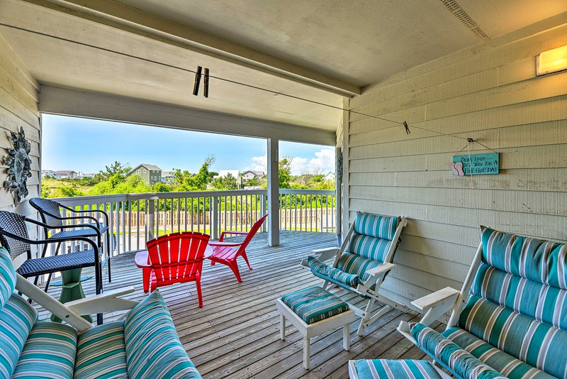 NEW! Point Emerald Resort Retreat w/ Beach Access!, holiday rental in Swansboro