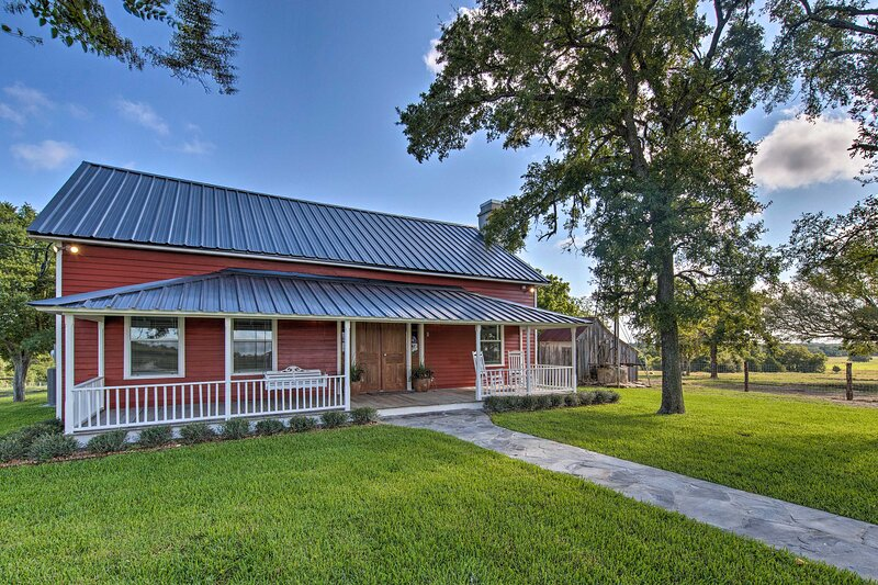 This 2-bedroom, 2-bath vacation rental is located in Schulenburg!