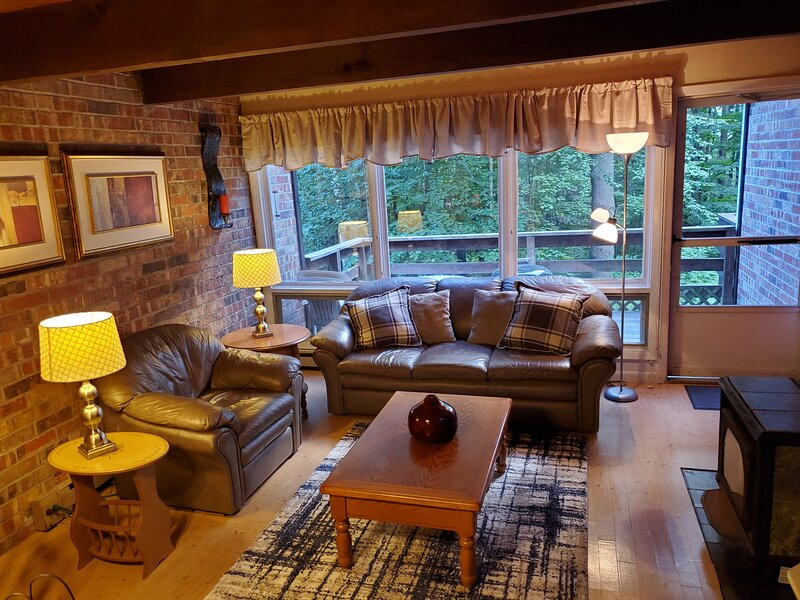 Fox Hill Condo - BEST LOCATION!, alquiler de vacaciones en Stowe