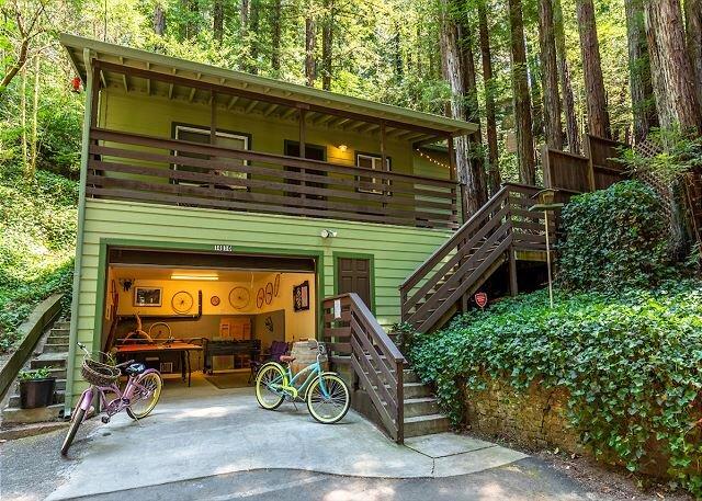 'Vino Velo'HotTub,Redwoods,Deck !, casa vacanza a Rio Nido