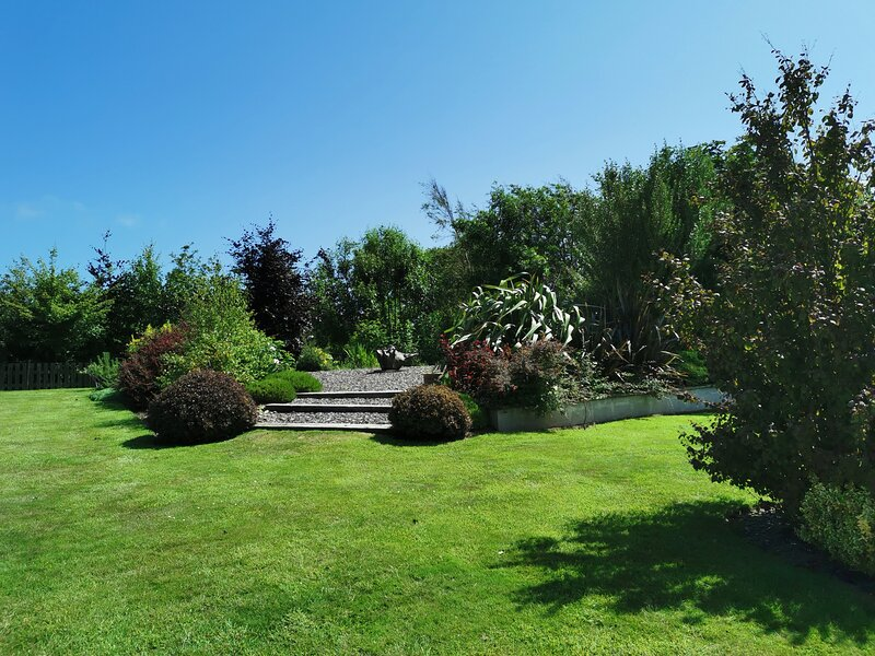 The Conifers, vacation rental in Rosslare Harbour
