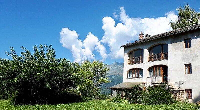 Casa Petit Luv - ospitalità sostenibile, location de vacances à Borgofranco d'Ivrea