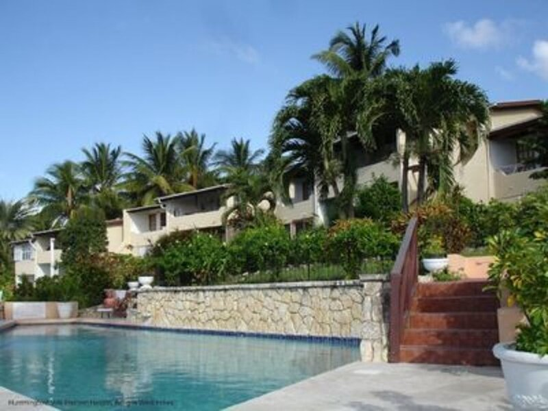 Attractive 2-Bed Apartment, stunning sea view, holiday rental in Cedar Grove