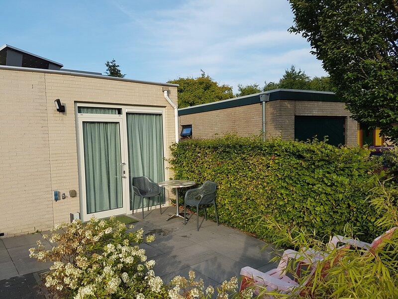 Apartment Almere near Amsterdam, 1bd, 3p. – semesterbostad i Provinsen Flevoland