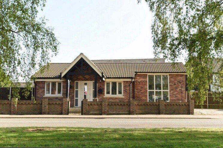 Beautiful modern bungalow close to Norfolk's fine beaches and the broads, Ferienwohnung in West Somerton