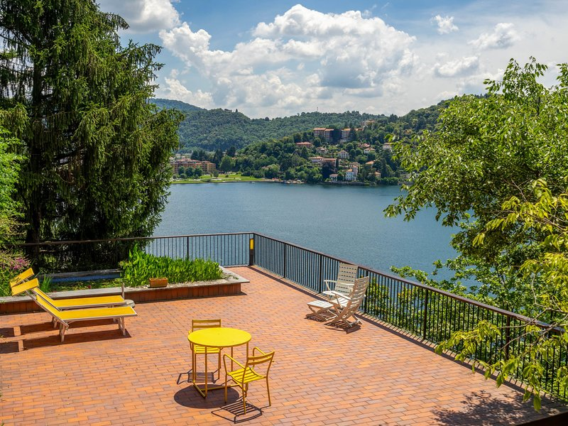 Bice, holiday rental in Laveno-Mombello