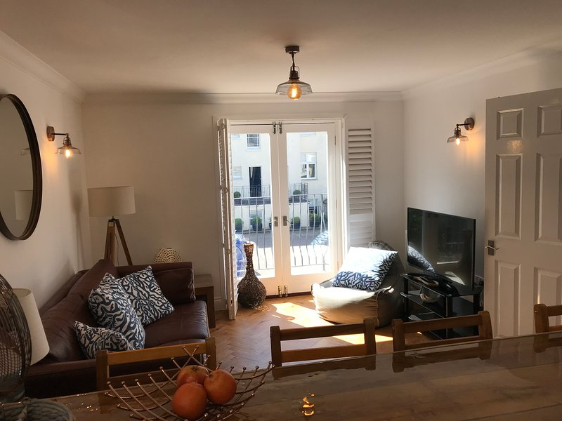 The Beach House, Coral Bay Apartment, holiday rental in Jevington