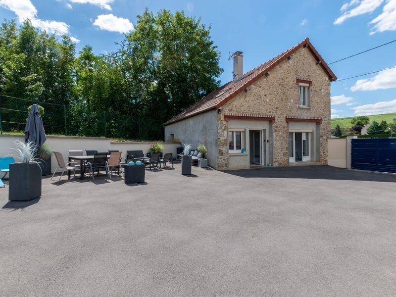 Gite la Petite Maison de Théo, location de vacances à Trelou-sur-Marne