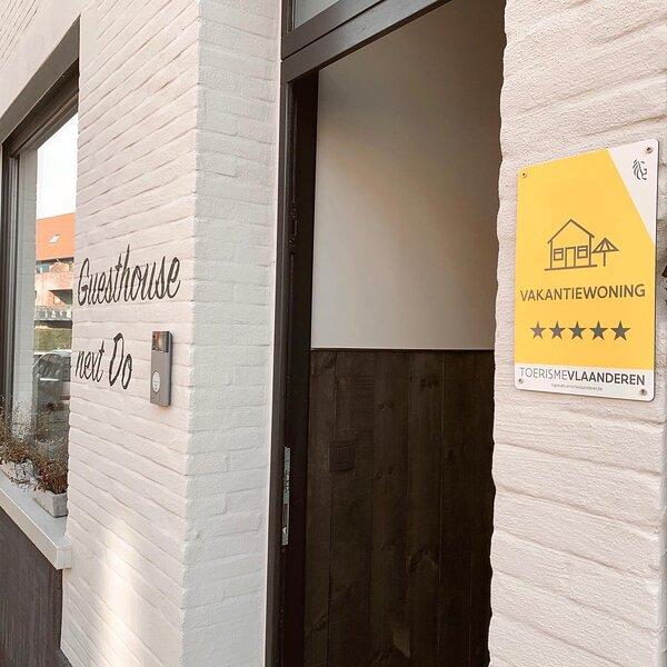 'Guesthouse next Do' , een unieke vakantiewoning in Brugge, op 20 km van de kust, holiday rental in Sint-Kruis