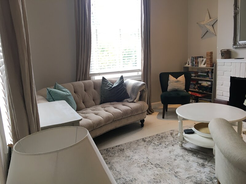Central Norwich city Let - refurbished Sept 2020. Period house with 2 bedrooms., holiday rental in Surlingham