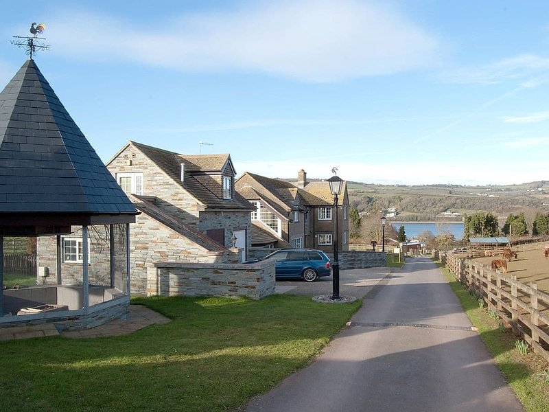 Oyster Meadow - UK30754, holiday rental in Shaldon