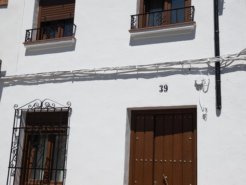 Nice house with wifi near the tourist places in Ronda center, holiday rental in Igualeja