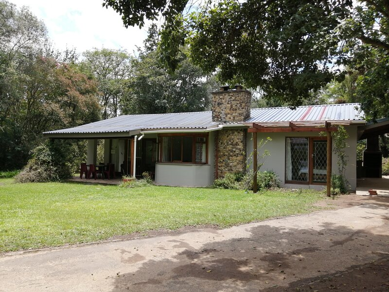L'Chiam Self-catering Cottage, holiday rental in Drakensberg Region