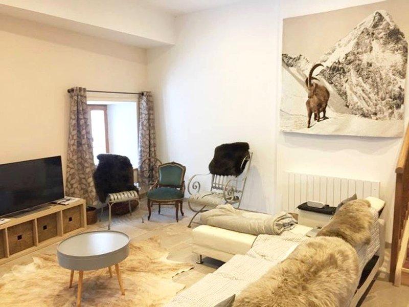 Nice apartment with mountain view, location de vacances à Villar-d'Arêne