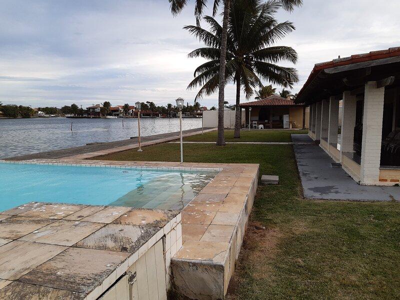 Casa frente canal Ogiva, Ferienwohnung in Cabo Frio