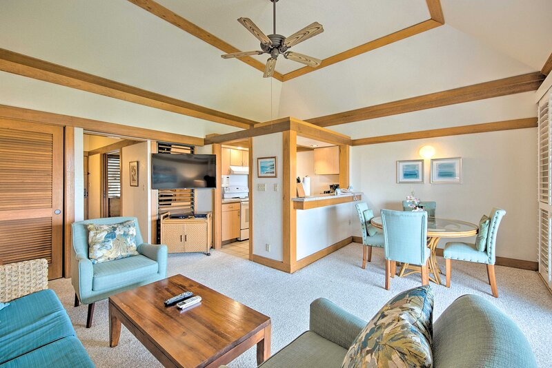 NEW! Resort Condo by the Coast w/ Private Balcony!, holiday rental in Poipu