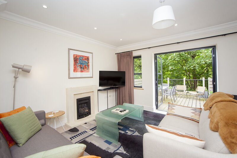 St John's Riverside Mews, vacation rental in Bath