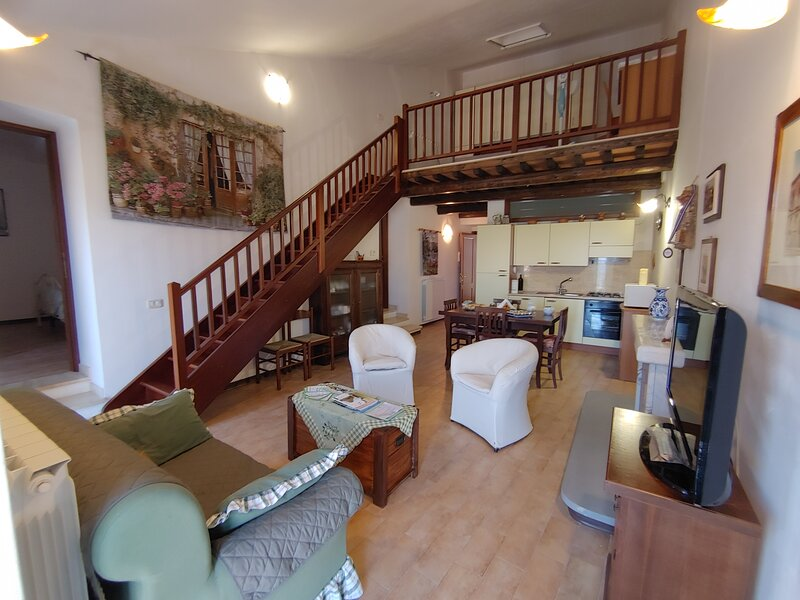 Locazione turistica 'Arcobaleno Duplex', vacation rental in Sant'Angelo Limosano