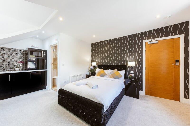 Modern city centre studio apartment 302, holiday rental in Kennington