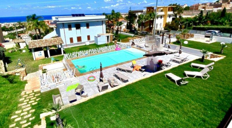 Appartamento con Piscina Porpora, vacation rental in Balestrate