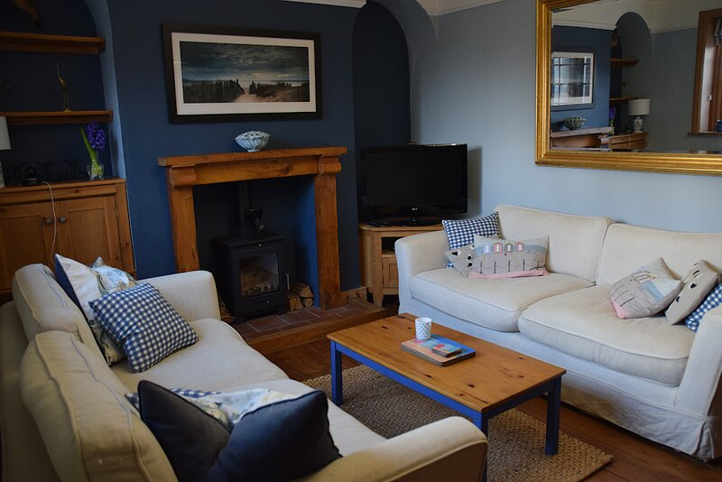 Coastguard Cottage - Wells-next-the-Sea, holiday rental in Wells-next-the-Sea