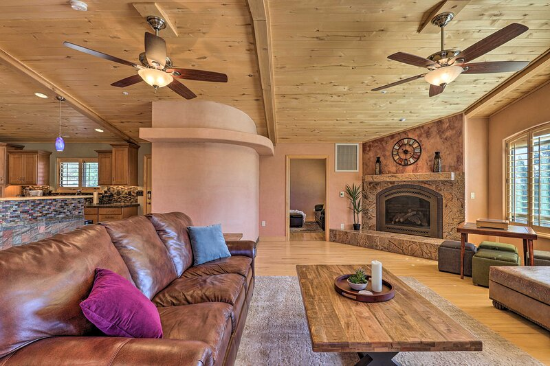 NEW! Prescott Home < 5 Miles to Butte Creek Trail!, holiday rental in Prescott Valley