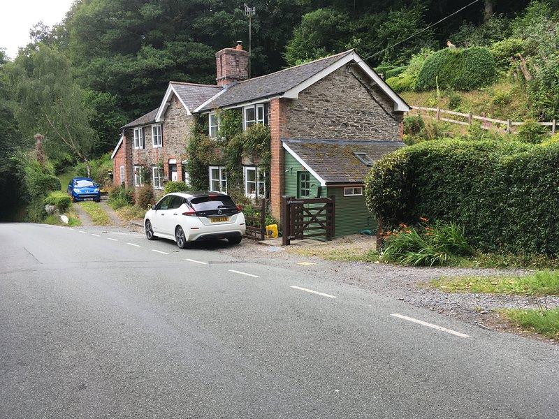 200 year old Gardener's cottage, Llanidloes, Mid Wales., casa vacanza a Pontdolgoch
