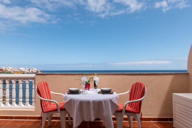 Penthouse Garachico, holiday rental in Caleta de Interian
