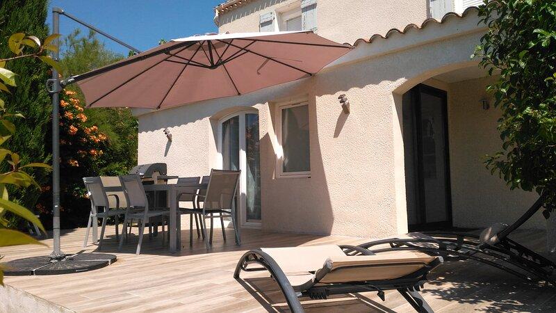 Jolie individuelle 3* climatisée cœur de la Provence 40 Km Ste Maxime et Verdon, location de vacances à Lorgues