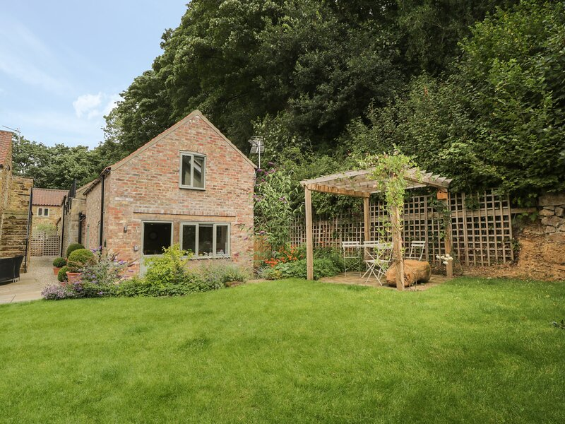 Gormire Cottage, Thirsk, vacation rental in Kilburn