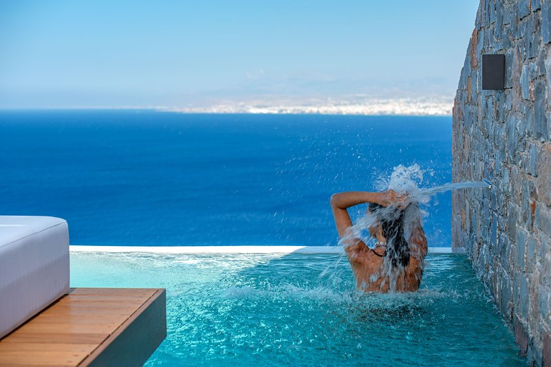 Villa Hellena - Breathtaking sea views, private infinity pool!, holiday rental in Rodia