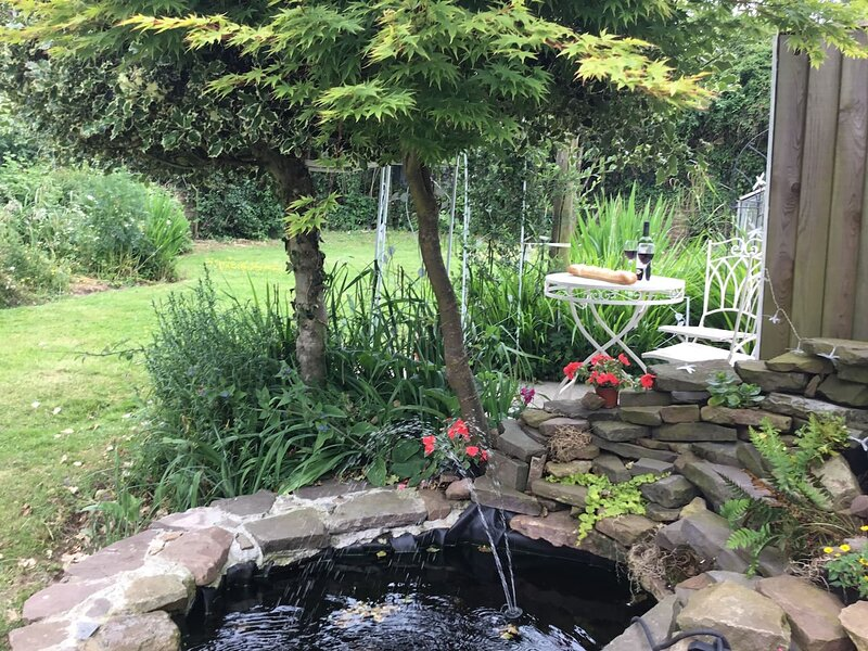 The Willows, holiday rental in Llandenny
