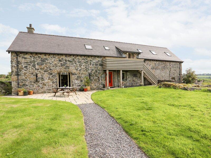 The Barn Treferwydd, Llangaffo, casa vacanza a Gaerwen